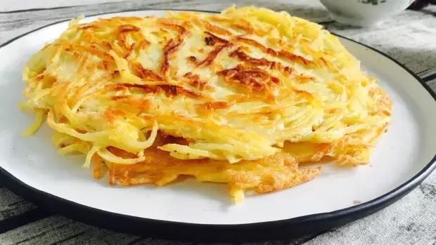土豆鸡蛋饼简单好吃的做法