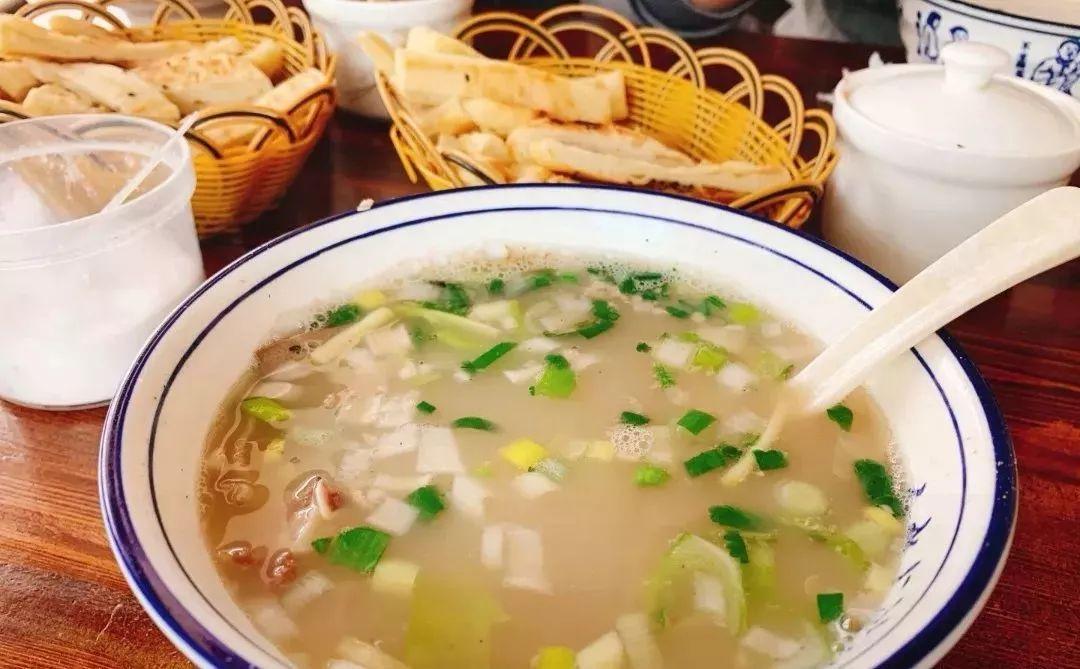 早餐小吃培训—牛肉汤好喝的秘诀都在汤,高汤熬制配方送给你